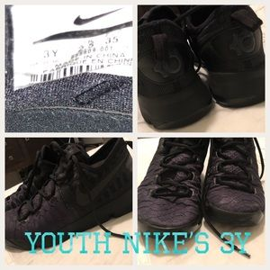 Youth all black KD 2016 Nike's SZ:3Y